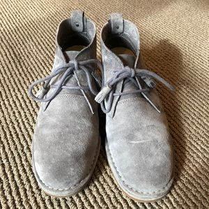 Hush Puppies gray suede booties boots 8.5